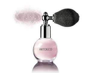 Artdeco-Holiday-2015-2016-Arctic-Beauty-Collection-Dust