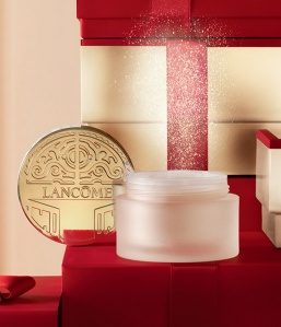 Lancome-Holiday-2015-2016-Happy-Holidays-Collection-La-Poudre-29-Faubourg-Saint-Honore-1